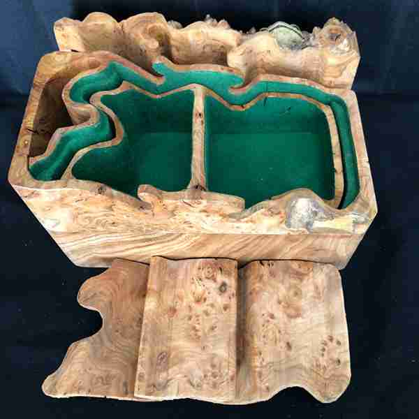 wooden toad box 4